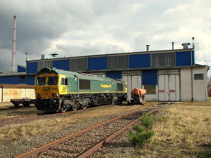 66004 lepsza strona kolei